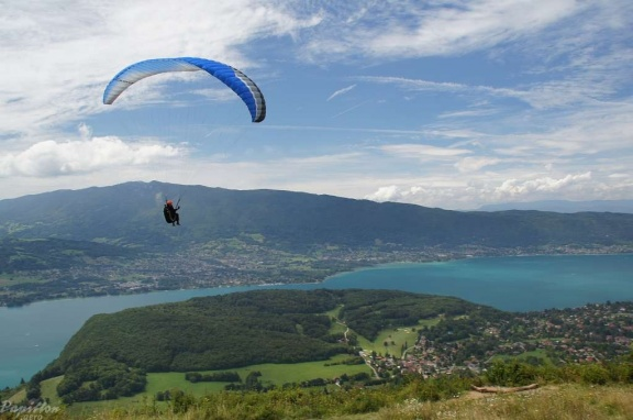 2011 Annecy Paragliding 175