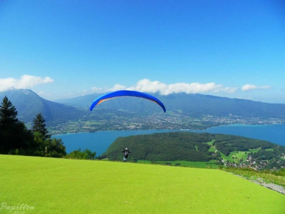 2011 Annecy Paragliding 240