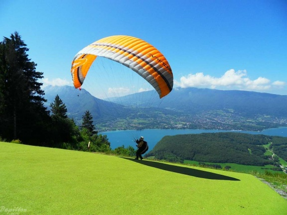 2011 Annecy Paragliding 260