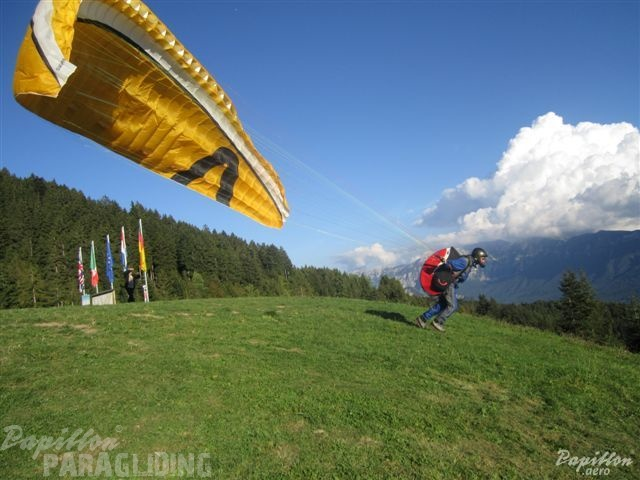 2011_Levico_Terme_Paragliding_007.jpg