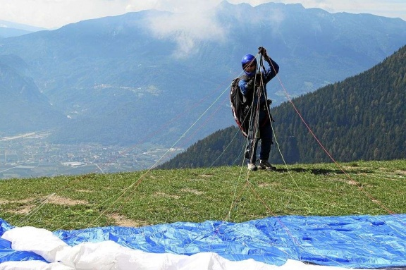 2011 Levico Terme Paragliding 045