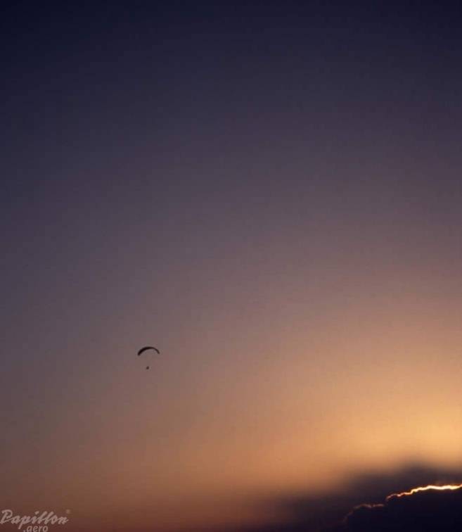2003 St Andre Paragliding 027