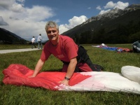 2011 FW17.11 Paragliding 210